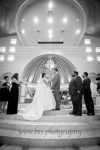 Tempe Photographer Photographs Wedding at Holy Spirit Church and Raven Golf Club in Phoenix